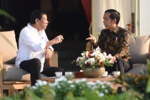 Veranda Talk Presiden Jokowi dan Presiden Duterte, Jumat (9/9), di Istana Merdeka, Jakarta. (Foto: Humas/Rahmat)
