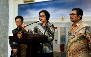 Menkeu Sri Mulyani Indrawati menyampaikan keterangan pers usai pembukaan Rakernas Akuntansi dan Pelaporan Keuangan Pemerintah Tahun 2016, di Istana Negara, Jakarta, Selasa (20/9) pagi. (Foto: JAY/Humas)