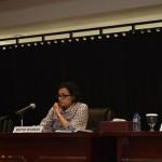 Menkeu Sri Mulyani Indrawati didampingi Plt Menteri ESDM Luhut Pandjaitan dan Wakil Menkeu Mardiasmo menyampaikan keterangan pers terkait revisi PP No. 79/2010, di kantor Kemenkeu, Jakarta, Jumat (23/9)