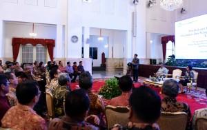 Presiden Jokowi memberikan sambutan pada Rakernas Akuntansi dan Pelaporan Keuangan Pemerintah Tahun 2016, di Istana Negara, Jakarta, Selasa (20/9) pagi. (Foto: JAY/Humas)