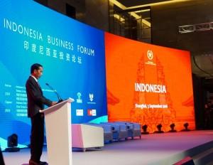 Presiden Jokowi menjadi pembicara kunci dalam Forum Bisnis di Shanghai, RRT, Sabtu (3/9) waktu setempat. (Foto: Humas/Dindha)