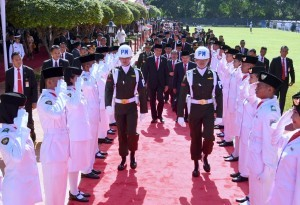 President Jokowi and Vice President Jusuf Kalla attend the Pancasila Sanctity Commemoration Day Ceremony at Lubang Buaya, Jakarta, Saturday (1/10) (Photo by: Bureau of Press and Media)