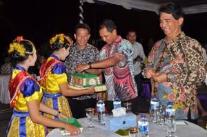 Salah satu acara yang ditampilkan dalam Festival Belitung 2016, di Manggar, Belitung Timur, Sabtu (22/10).