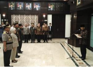Menko Polhukam Wiranto melantik Satgas Saber Pungli, di kantor Kemenko Polhukam, Jakarta, Jumat (28/10).
