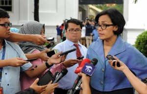Minister of Finance Sri Mulyani responds to the journalists' questions after a Plenary Cabinet Meeting, at the State Palace, on Wednesday (2/11) (Picture: Public Relations Office/Jay)