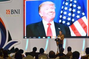 Presiden Jokowi menjadi pembicara kunci pada Kompas 100 CEO Forum, di Jakarta Convention Center (JCC), Jakarta, Kamis (24/11) siang. (Foto: OJI/Humas)