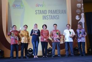 Malam Anugerah Media Humas (AMH) 2016, Jumat (18/11), di Bandung, Jawa Barat. (Foto: Humas/Jay)