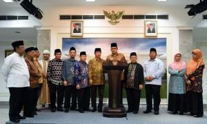 Para pimpinan organisasi massa Islam yang bertemu di Istana Merdeka, Rabu (9/11) sore. (Foto: Humas/Jay)