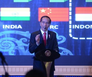 President Jokowi delivers his remarks at Tax Amnesty Dissemination Period II, at Platinum Hotel, Balikpapan, on Monday (5/12) afternoon (Picture: Deny S./Public Relations Office)