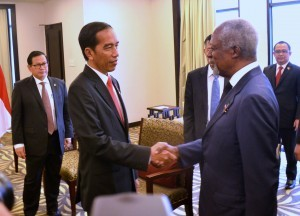 President Jokowi receives the visit of former United Nations Secretary General Kofi Annan, at Bali International Convention Center, Bali, on Thursday (8/12) morning (Picture: Rahmat/Public Relations Office)