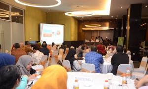 Staf Ahli Seskab Bidang Reformasi Birokrasi (RB) memimpin Rapat Harmonisasi dan Tindak Lanjut RB Sekretariat Kabinet di Bogor Icon Hotel & Convention, Bogor, Jawa Barat (9/12). (Foto: Humas/Jay).