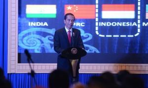 Presiden Jokowi memberikan sambutan pada Sosialisasi Tax Amnesty Periode Kedua, di Balikpapan, Kaltim, Senin (2/12) sore. (Foto: Deny S/Humas)