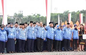 Upacara Peringatan Hari KORPRI ke-45 di Lapangan Silang Monas, Selasa (29/11). (Foto: Humas/Rahmat)
