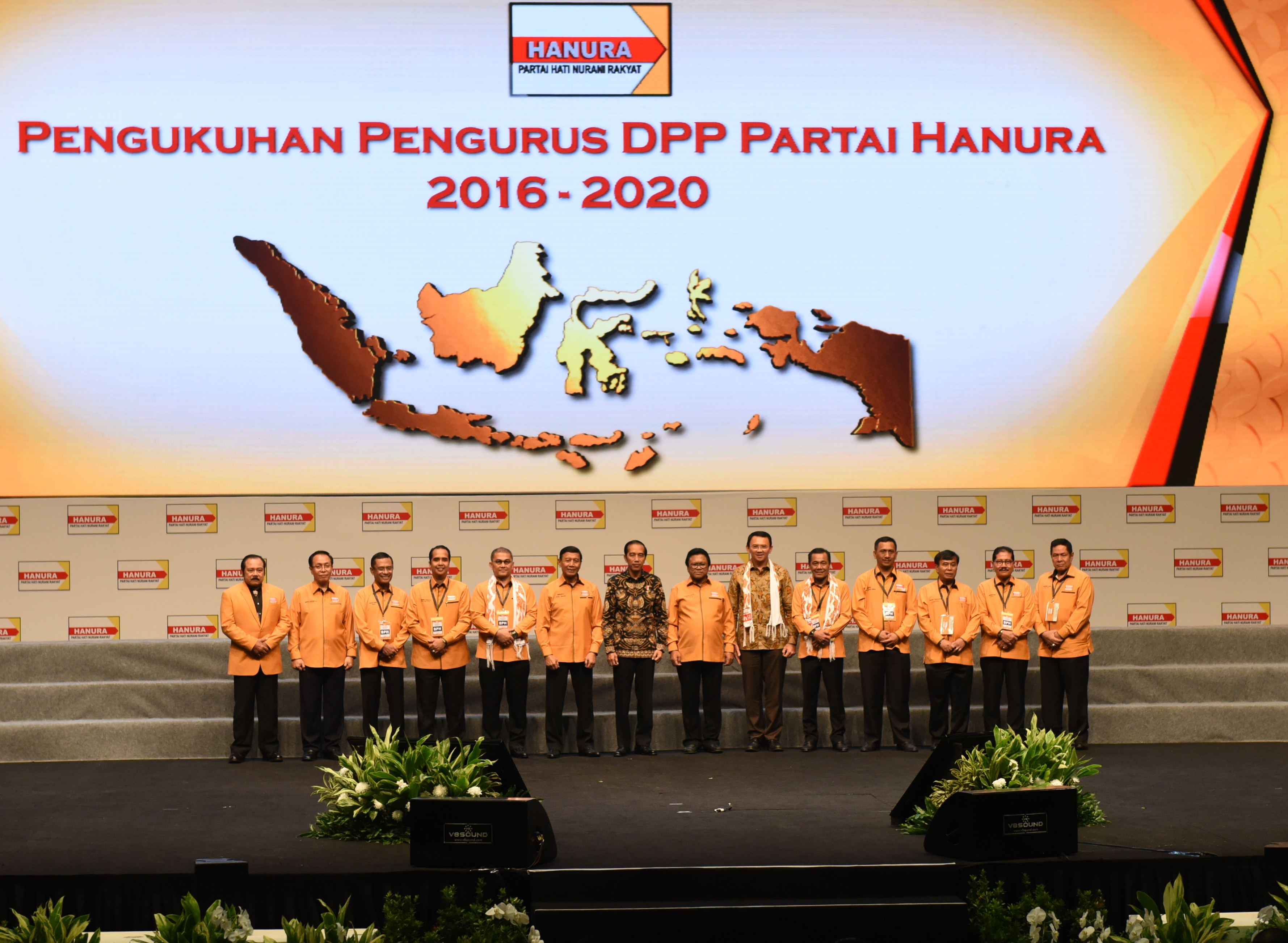 President Jokowi and Jakarta Governor Basuki Tjahaja Purnama take a group photo with the officials of Central Executive Board (DPP) of Hanura Party during the Inauguration of DPP Hanura Party on Wednesday (22/2), at the Sentul International Convention Center (SICC), Bogor, West Java