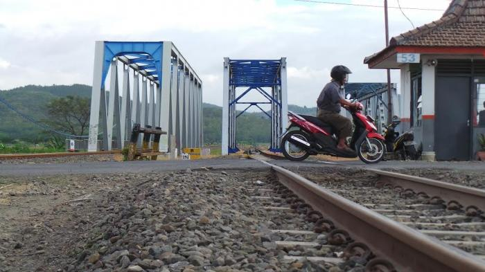 Fly Over Brebes