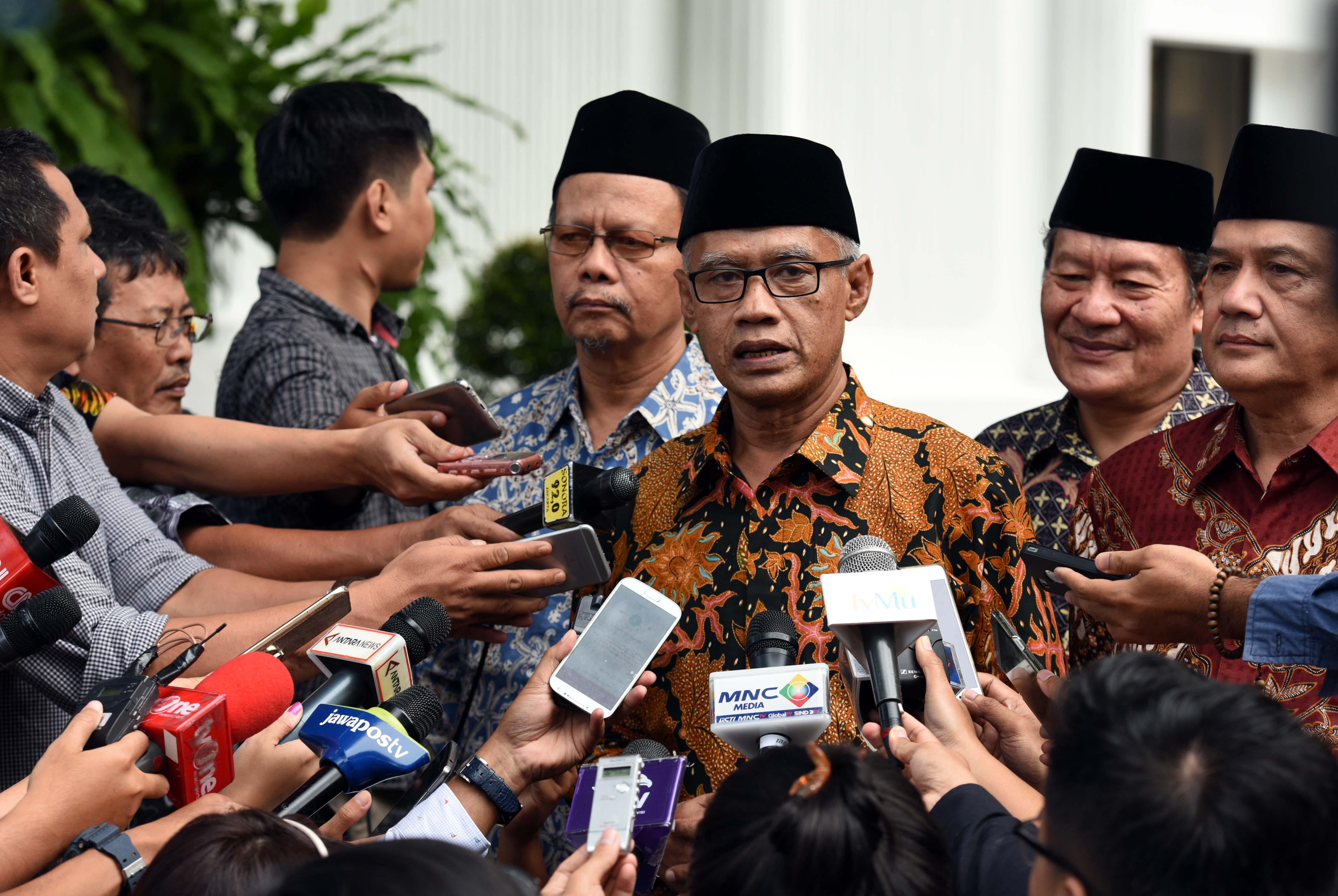 Chairman of Muhammadiyah Haedar Nasir after meeting with President Jokowi, Jakarta, Monday (13/2) afternoon. (Photo: PR/Jay)