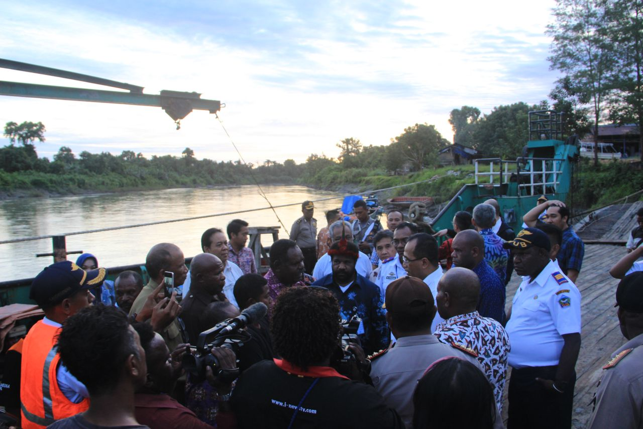 Menhub Budi K. Sumadi dalam sebuah kesempatan kunjungan kerja di Papua, beberapa waktu lalu.
