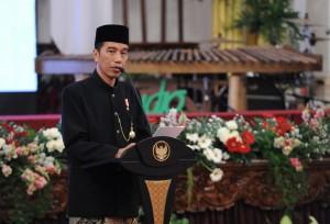 Presiden Jokowi memberikan sambutan pada acara Keberagaman Indonesia dalam rangka Peringatan KAA Tahun 2017, di Istana Negara, Jakarta, Selasa (18/4) siang. (Foto: JAY/Humas)