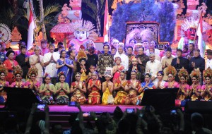 President Jokowi at the Dharma Santi Nasional to celebrate Nyepi Day at Ahmad Yani sport stadium at the headquarter of the Indonesian National Defense Forces (TNI) in Cilangkap, East Jakarta, Saturday (22/4).(Photo by: Public Relations Division/Jay)