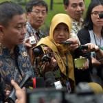 Menteri ESDM menjawab pertanyaan wartawan usai ikuti Sidang Kabinet Paripurna di Istana Merdeka, Kamis kemarin (22/6). (Foto: Humas/Rahmat)