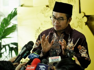 Kepala UKP-PIP, Yudi Latief usai bertemu Seskab Pramono Anung di Ruang Kerja Seskab, Jakarta, Jumat (9/6). (Foto: Humas/Agung).
