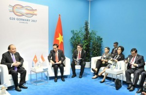 President Jokowi receives Prime Minister of Vietnam Nguy?n Xuân Phúc in Hamburg Messe, Hamburg, Germany, on Saturday (8/7)