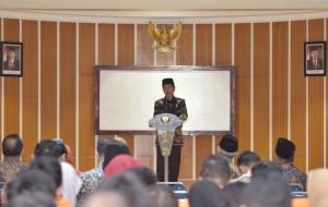 Presiden Jokowi saat memberikan kuliah umum, di Kampus Universitas Ahmad Dahlan, Kota Yogyakarta, DI Yogyakarta, Sabtu (22/7) siang. (Foto: Humas/Anggun)