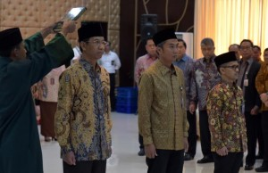 Pelantikan Kasetpres dan Deputi Bidang Protokol, Pers, dan Media di Aula Serba Guna Gedung III Kementerian Sekretariat Negara, Jakarta, Kamis (20/7) pagi. (Foto: Humas/Rahmat).