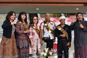 Para Ikon Pestasi Indonesia yang tampil dalam Pagelaran Seni Pancasila Gemilang, di JCC, Jakarta, Selatan (22/8) pagi. (Foto: OJI/Humas)