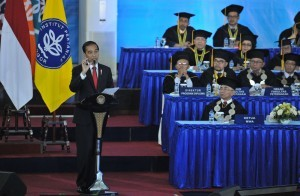 President Jokowi delivers a remarks during a public lecture at the Bogor Institute of Agriculture (IPB) tocommemorate the 54th Dies Natalis (anniversary) of IPB, at the Bogor Dramaga Campus, West Java, on Wednesday (6/9)
