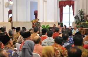 Presiden saat memberikan arahan pada Rapat Kerja PEmerintah di Istana Negara, Selasa (24/10). (Foto: Humas/Jay)