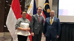 Minister of Foreign Affairs Retno Marsudi attends Trilateral Meeting between the Philippines, Indonesia, and Malaysia on Sunday (12/11)