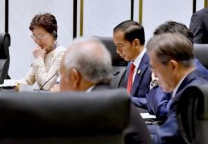 Presiden dalam forum KTT APEC, di Intercontinental Peninsula Resort, Da Nang, Sabtu (11/11). (Foto: BPMI)