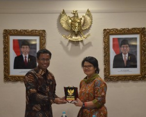 Consul General of Indonesia in Melbourne along with Deputy Cabinet Secretary for Cabinet Work Support at the Consulate General of the Republic of Indonesia, Melbourne, Australia, (31/10). (Photo: PR/Dhany)