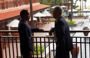 Presiden Joko Widodo (Jokowi) dengan Perdana Menteri (PM) Australia Malcolm Turnbull, di sela-sela KTT APEC, di Furama Resort, Da Nang, Vietnam, Sabtu (11/11). (Foto: Humas/Mita)