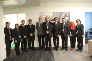 Deputi Seskab bidang DKK, Yuli Harsono, dan rombongan berfoto bersama dengan Kepala Layanan Penerjemahan Lisan pada Markas Besar PBB di New York, AS, Hossam Fahr, Kamis (16/11).