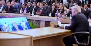 Pertemuan AS-ASEAN Summit di Manila, Filipina, Senin (13/11).