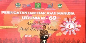 President Joko Widodo speaks at the Commemoration of the 69th World Human Rights Day on Sunday (10/12), at the Hotel Sunan, Solo