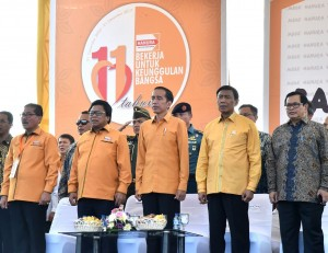 President Jokowi attends the peak event to commemorate 11th Anniversary of the Hanura (People's Conscience) Party at Pantai Marina, Semarang, Central Java, Saturday (23/12). (Photo by: Bureau of Press and Media)