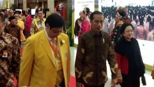 Presiden Jokowi saat menghadiri Munaslub Partai Golkar Tahun 2017 di JCC, Jakarta, Senin (18/12) malam.