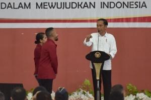 President Jokowi delivers public lecture at Building B, Muhammadiyah University of Kupang, East Nusa Tenggara (NTT), on Monday (8/1)