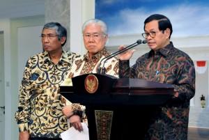 Sekretaris Kabinet (Seskab) Pramono Anung dalam keterangan pers usai Rapat Terbatas, di kantor Presiden, Jakarta, Rabu (31/1) petang. (Foto: Humas/Jay)