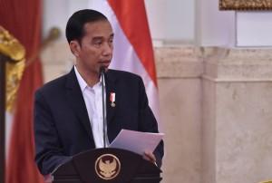 Presiden Jokowi saat memberikan arahan dalam Sidang Kabinet Paripurna di Istana Negara, Jakarta, Rabu 3 Januari 2018 Pukul 14.00 WIB