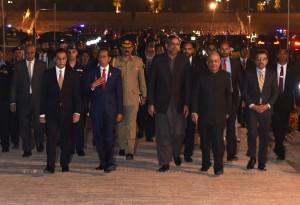 Presiden Jokowi bersama anggota Parlemen (National Assembly) Pakistan, di Islamabad, pada Jumat (26/1) malam. (Foto: Humas/Rahmat)