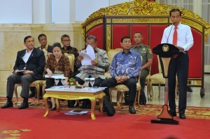 President Jokowi delivers directives during a Plenary Cabinet Meeting at the State Palace, Jakarta, on Monday (12/2)