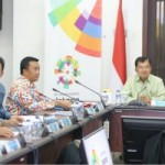 Vice President Jusuf Kalla leads a Coordinating Meeting on the Preparation for the 2018 Asian Games Organization, at multipurpose building, Senayan, Jakarta, on Monday (19/2)