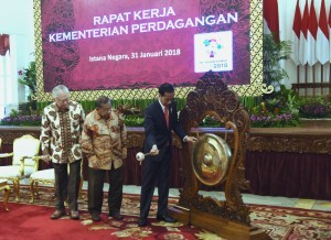 President Jokowi opens Ministry of Trade's Working Meeting at the State Palace, Jakarta, Wednesday (31/1)