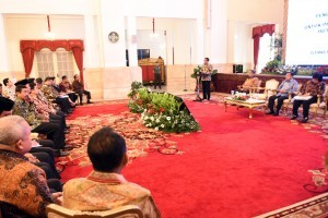 President Jokowi gives directives at the 2018 National Coordination Meeting on Forest and Land Fire Management, at the State Palace, Jakarta, Tuesday (6/2) morning. (Photo by: Rahmat/PR)
