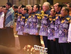 Presiden didampingi para menteri dan Kepala Lembaga Negara dalam acara Rapimnas HIPMI di Tangerang, Banten, Rabu (7/3). (Foto: Humas/Rahmat).