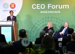 Presiden Jokowi saat berbicara dalam CEO Forum, sebagai rangkaian dari KTT Khusus ASEAN-Australia, di International Convention Center, Sydney, Australia, Sabtu (17/3). (Foto: BPMI).